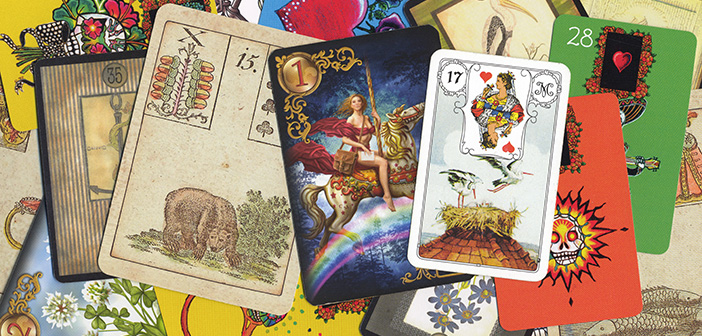 Verschiedene Lenormand Kartendecks