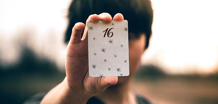 Das Ziehen einer Tageskarte als Orientierungshilfe für den Tag